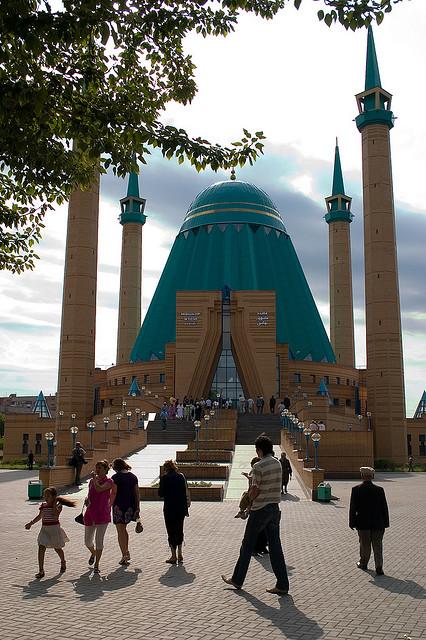Mashkhur Jusup Mezquita Central en Pavlodar, Kazajstán (por Sonja Eriksen)